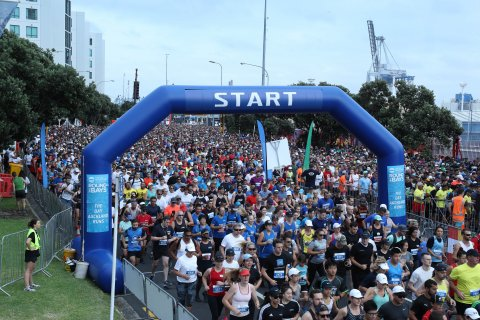 Subaru of New Zealand is the latest member to join the family of sponsors for the Ports of Auckland Round the Bays running event.