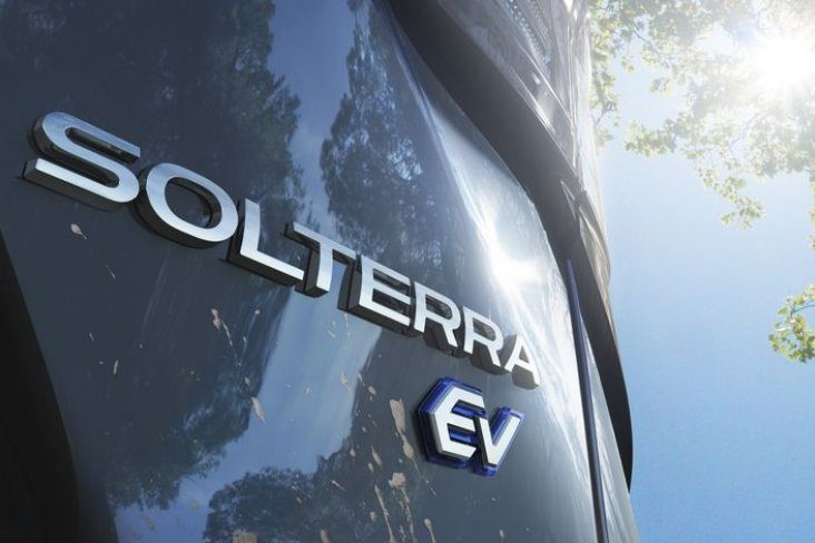 The name SOLTERRA was created by joining the Latin words 'SOL' and 'TERRA' – which translate as 'sun' and 'earth' respectively.