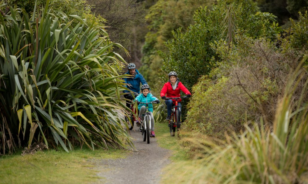 The Mangawhero River Trail Ohakune is great to explore with the family.